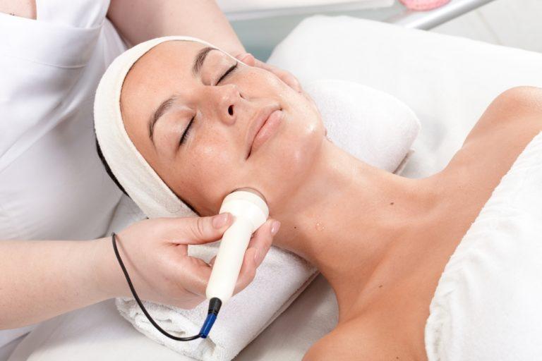 Relaxing Facial Treatment - Oh Darling Skin & Beauty Bar Mangerton, NSW